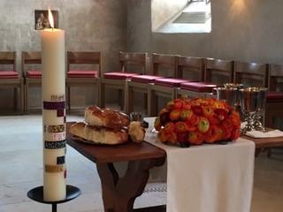 Gottesdienste » Gottesdienst mit Segnung & Abendmahl
